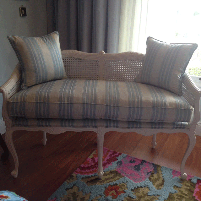 Settee striped and cushions